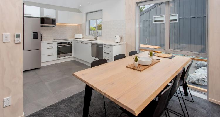 Hanmer TOP 10 apartments kitchen and dining